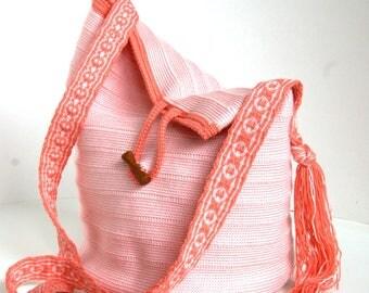 Crochet crossbody shoulder bag