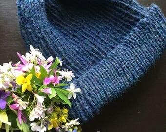 Women's blue knit beanie