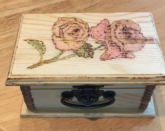 Jewelry trinket box wood pyrography - Sepia or colored