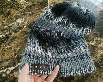 Secret Pocket-Slouch Knit Hat