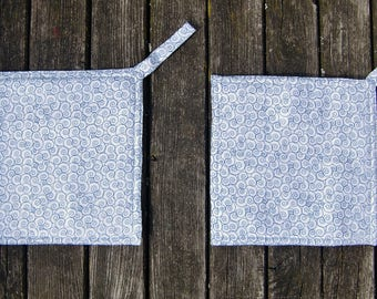 potholder - oven cloth - oven mitt - blue - white