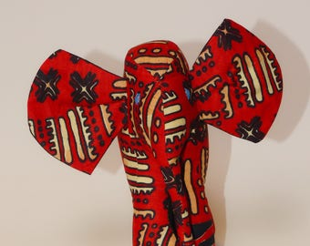 Doudou modèle éléphant en tissu wax