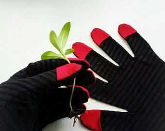 Work gloves.Women's Gardening Gloves,nice hands.