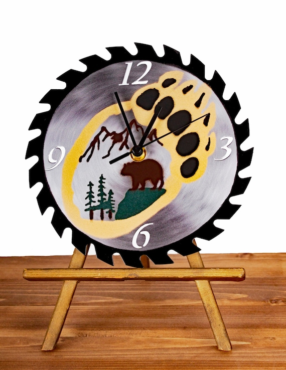 Colored Bear Paw Saw Blade Wall Clock Type 2