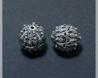 Sterling Silver 11,5 mm  beads 2 pcs