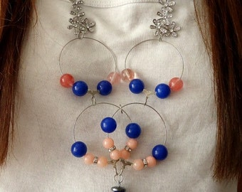 Female beaded floral necklace