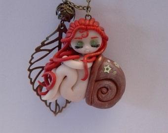 Lady snail necklace