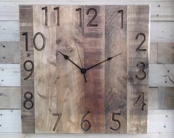 Rustic Pallet Wood Wall Clock Vintage 'Square Engraved 12hr Farmhouse' 40cm