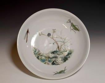 """Beautiful Chinese Antique 20th Century YongZheng Emperor Mark Enamel """"Bugs Garden"""" Porcelain Plate"""