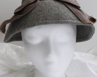 Vintage Gray Wool Hat with Taupe Ribbon