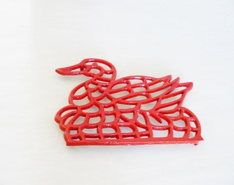 Vintage Red Duck Trivet Cast Iron Kitchen Rustic Home Decor