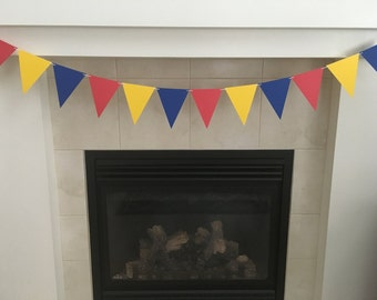 Red Blue Yellow Triangle Banner, Pennant Banner, Balloon Birthday, Photo Prop, Cake Smash, Baby Shower, Circus Colors