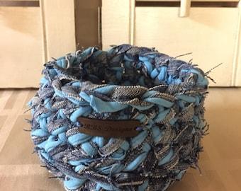 Recycled denim and cotton yarn crocheted round basket. Light blue & denim / Housewarming Gift / Graduation / Home Decor/ Catch All Basket