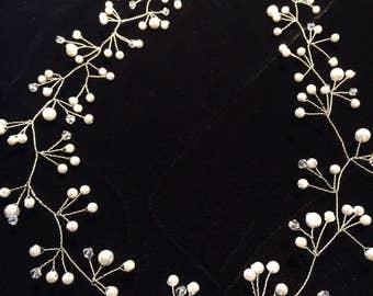 Bridal Hair piece, Wedding Hair Vine, wedding hair accessory, wedding head piece, pearl hair vine.