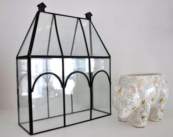 beautiful plexi glass terrarium cover