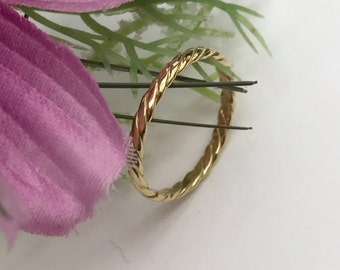 18k gold rope style band, matching ring, wedding ring.