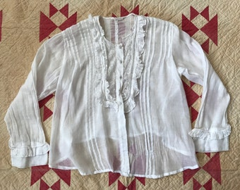 Vintage Antique Edwardian blouse with lace accent