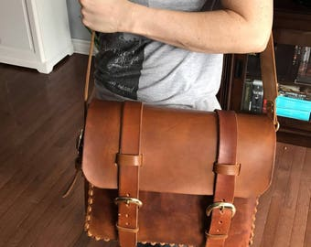 Leather messenger bag large