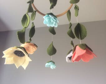 Mini Felt Flower Mobile