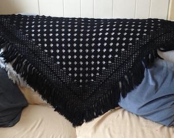 Retro granny shawl