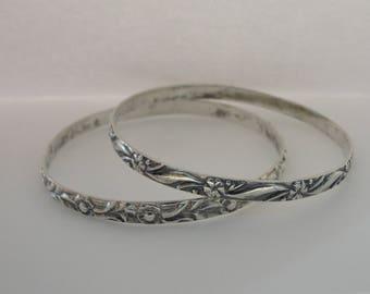 Vintage Sterling Silver Flower Bangle Bracelet - Set of 2