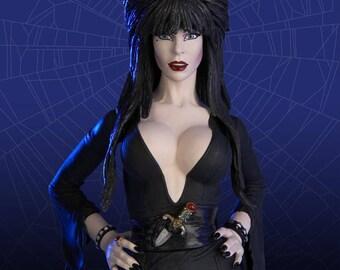 Elvira Mistress of the Dark Deluxe Action Figure