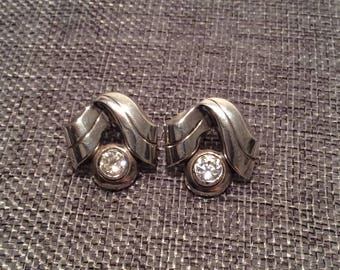 Vintage sterling silver ribbon stone earrings by JL JewelryNovelties