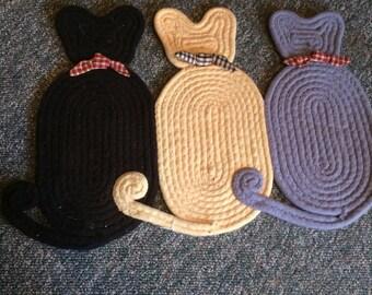Cat Rug or Trivet