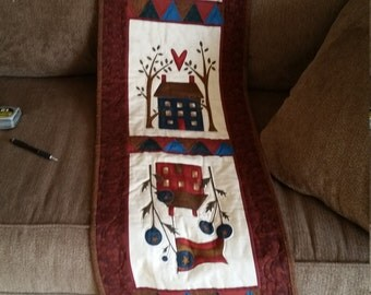 Country Table Runner Quilted