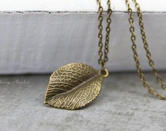 Leaf Pendant Necklace - minimalistic, everyday jewelry