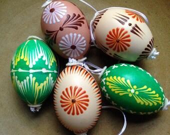 5 Vintage handpainted eggs- green & natural