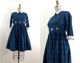 Vintage 1950s plaid dress with white peter pan collar | 50s plaid schoolgirl dress | 50s girls dress | peter pan collar dress | XXS