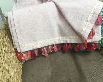 Throw/ wrap with tassels
