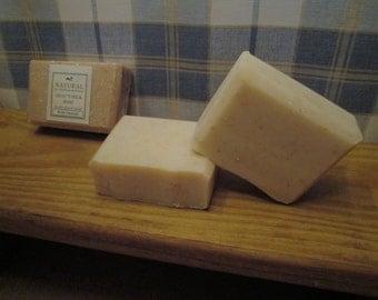 100% Natural Goat's Milk Oatmeal Soap (6 oz bar)