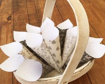 Confetti Cones, Wedding Petal Cones, Paper Cones, Petal Cones, Petal Holder, Flower Petal Holder, Cones for Confetti - Midnight Blush Black