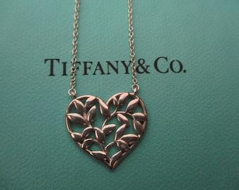 Genuine vintage Tiffany & Co olive leaf necklace - sterling silver