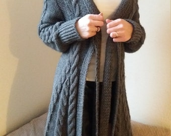 Knitted Cardigan/ Coat by EISAMARDA Made in Italy.