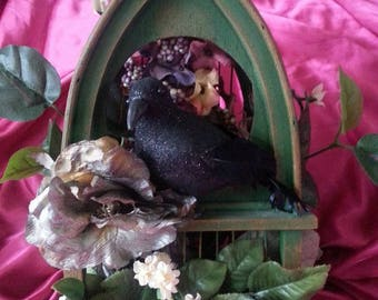 Halloween crow bird house