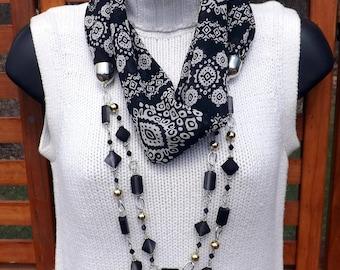 Scarf-Lace Black & White