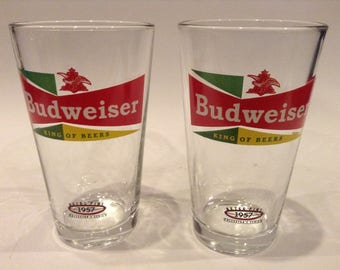 """Vintage 1957 Libbey Glass Company """"Budweiser"""" """"Retro Pint"""" Collector's Series Beer Glasses (2)"""