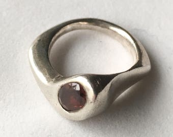 Vintage Modernist Sterling Silver & Garnet Ring
