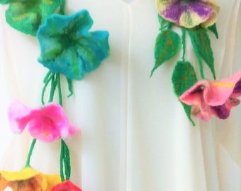 FELTED FLOWER .Wool Jewelry Necklace .Retunia.
