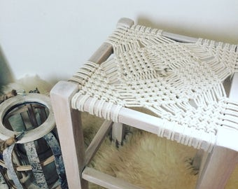 Macrame knotting stool