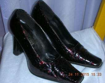 Vintage BOUTIQUE Italy shoes, High Heel women's shoes, burgundy shoes