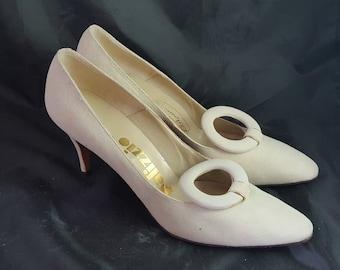 Vintage Polizzio Cream Suede High Heels Sz 8 1/2 AA
