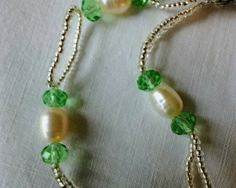 Freshwater pearl, seed bead and crystal bracelet