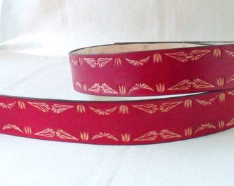 Leather belt red, 4 cm, tooled 1
