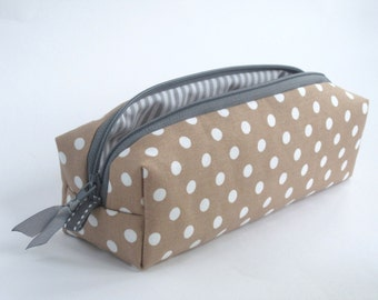 Pencil 'Point' Star pencil case cosmetic bag points polka dot camel cognac