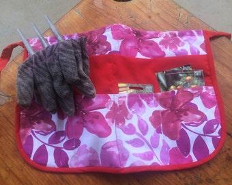 Gardening apron, craft apron, utility apron, half apron.