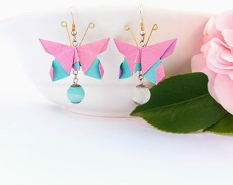 origami butterfly earrings vibrantly and spring colors, pink and blue two-tone paper with hard stone pendant to make them precious